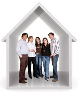 Que significa soñar con gente en casa